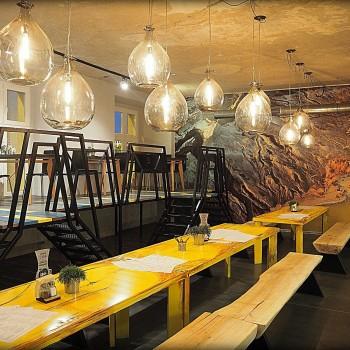 Karafka Bistro & Cafe
